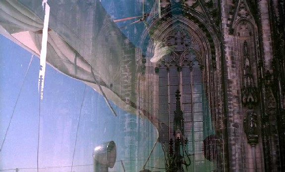 24         Cologne Cathedral/ Sail Boat